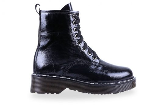 Andrea Boots - Black Wavy
