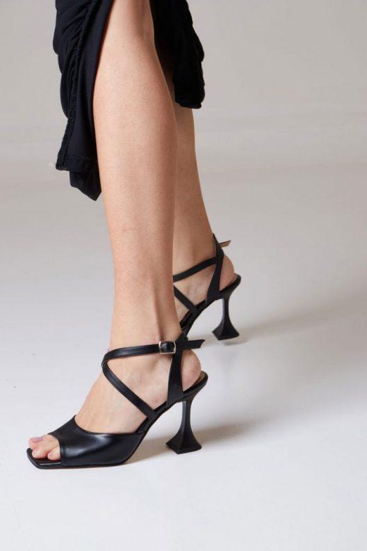 Cila Sandals - Black